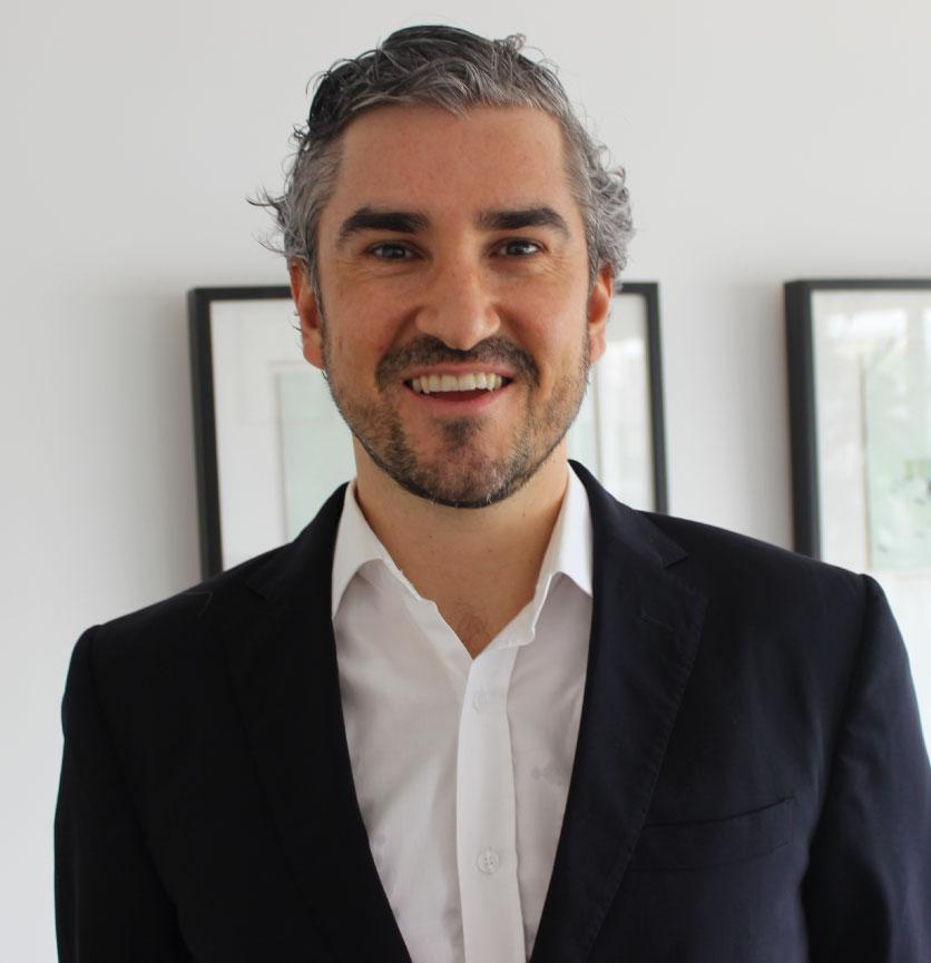 José E. Frías